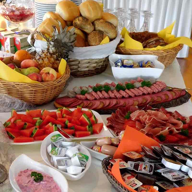 Events Und Veranstaltungen Auf Weser Und Aller Mit Frühstück An Bord