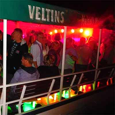 Die Houseboot-Party auf der Weser mit Afterboat-Party in der Sumpfblume